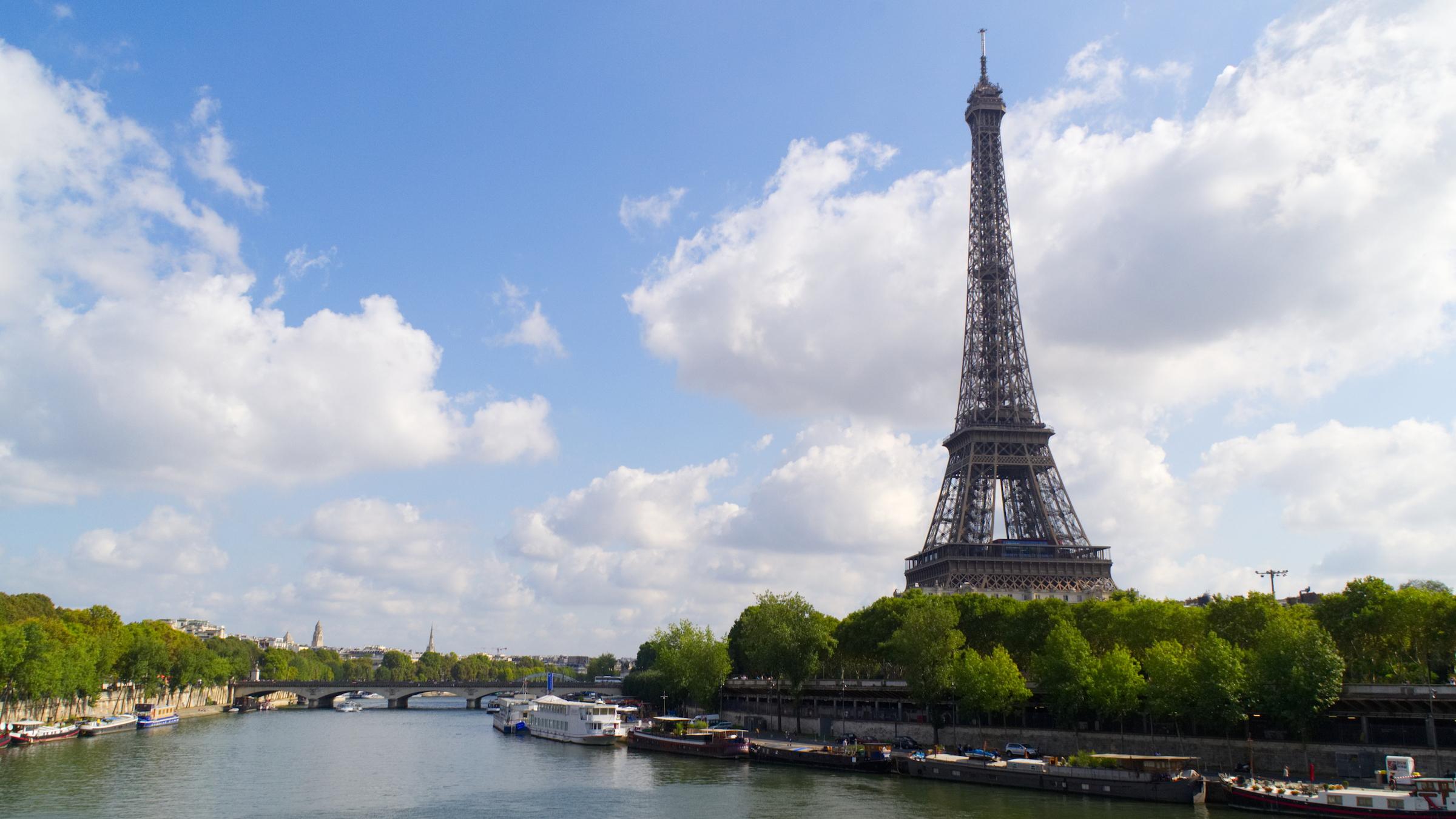 Der Eiffelturm in Disneyland Paris