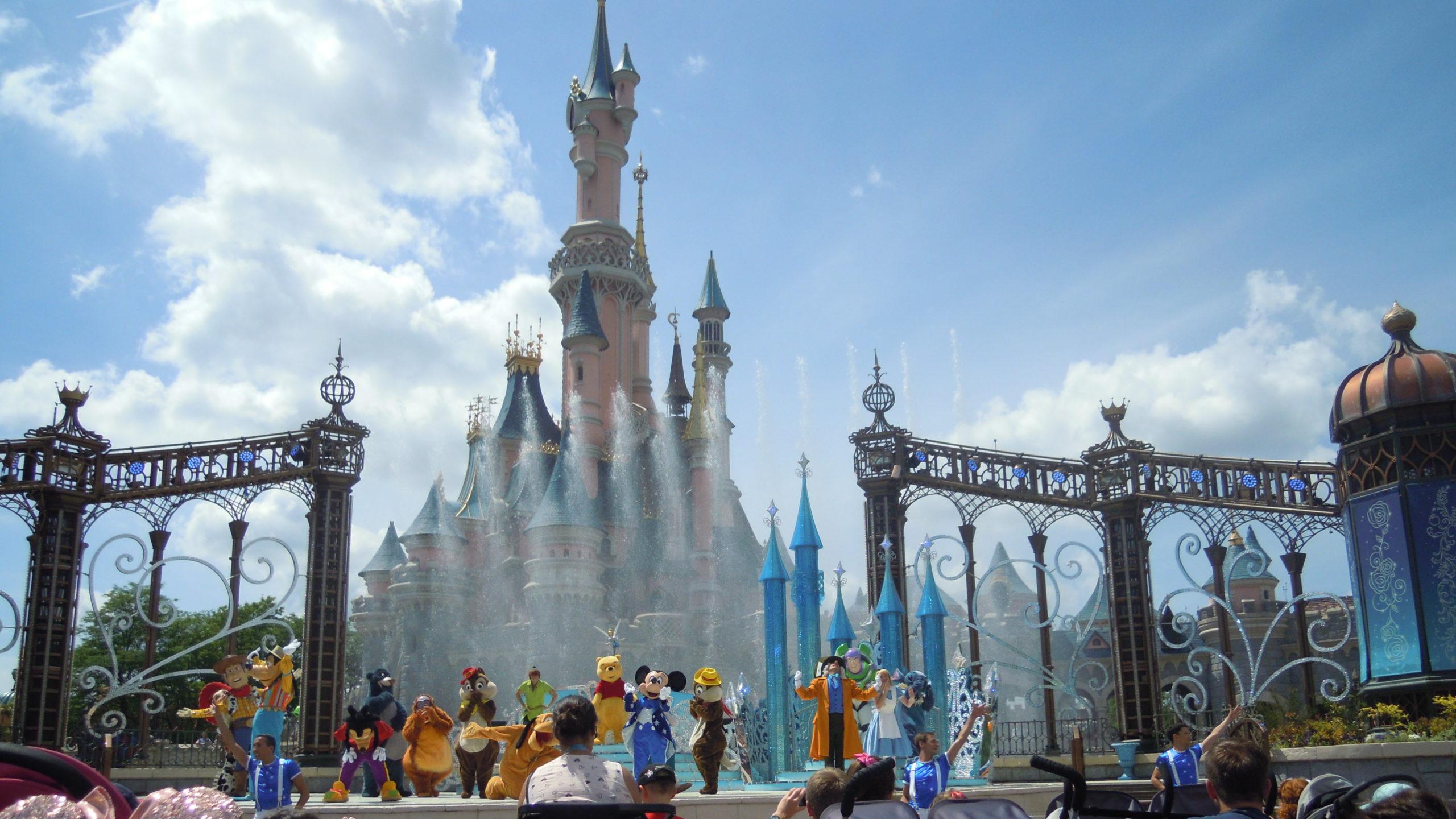 Bühnenshow zum 25. Jubiläum in Disneyland Paris